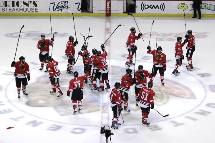 La direction des Blackhawks ne pourra pas garder... (Photo: AP)