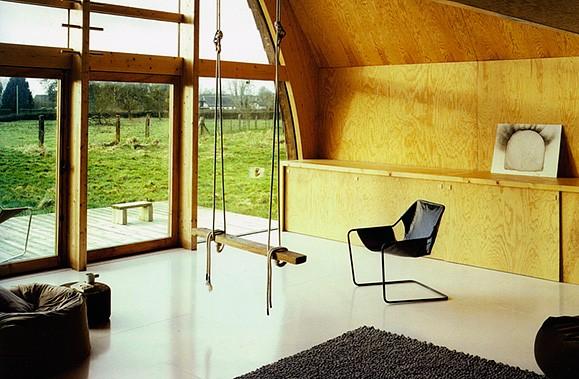 Maison dans un champ de Normandie, dans Éco... (Photo tirée d'Éco Maison.)