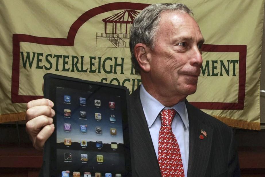 Le maire de New York, Michael Bloomberg, et... (Photo: AP)