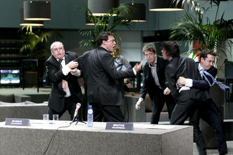 Tragédies romaines, du metteur en scène néerlandais Ivo... (Photo: fournie par le FTA)