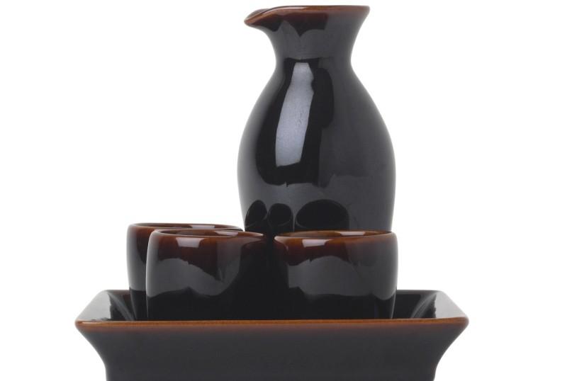 La 4e Foire japonaise du saké (Japan Sake Fair) célèbre l'alcool... (Photos.com)