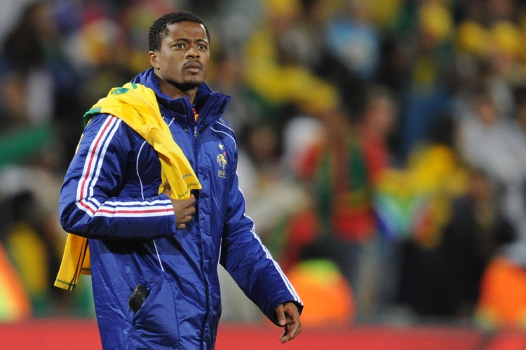 Le capitaine de l'équipe de France, Patrice Evra.... (Photo: AFP)