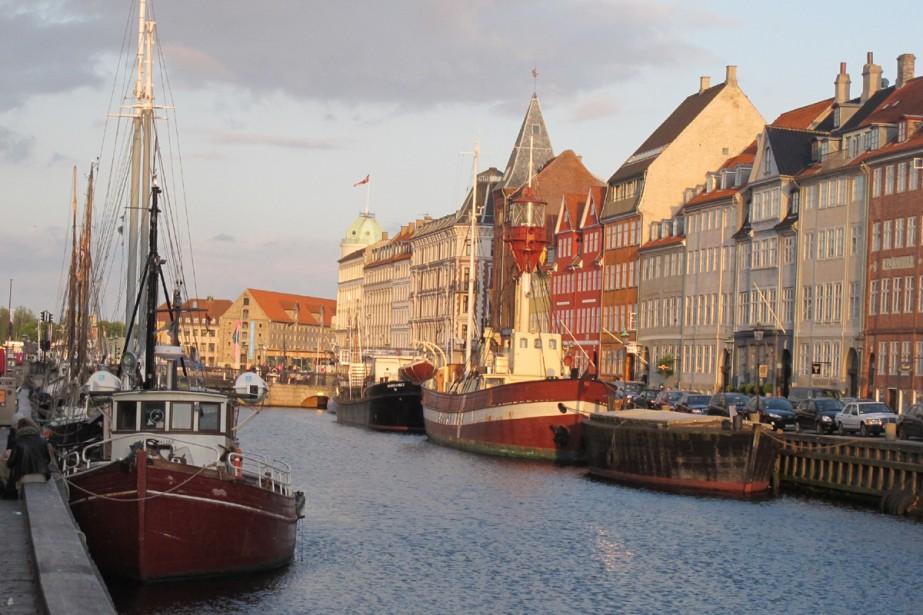 Quartier «carte postale» de Copenhague avec ses maisons... (Photo: Émilie Côté, La Presse)