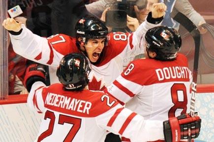 Le but de Crosby marqué en prolongation face... (Photo: Yuri Kadobnov, AFP)