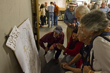 Lors d'une assemblée publique, des résidants inquiets de... (Photo: Ivanoh Demers, La Presse)