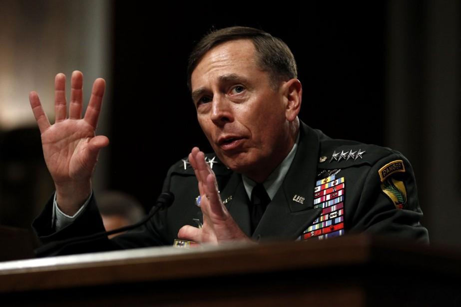 Le général David Petraeus.... (Photo: Reuters)