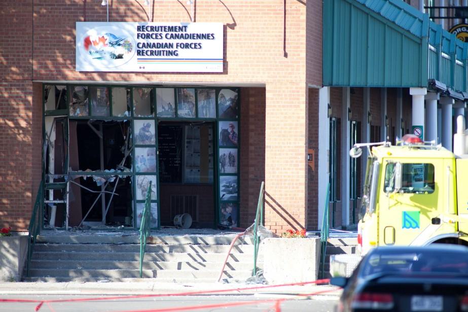 L'attentat perpétré contre le centre de recrutement des... (PHOTO: OLIVIER CROTEAU)