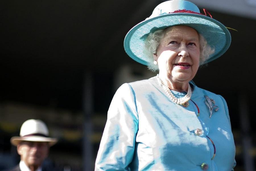 Dimanche, la reine Elisabeth II est allée à... (Photo: PC)