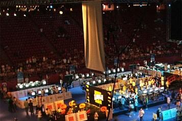 Les jeux se sont déroulés dans un chapiteau... (Photo: disneylandforum.com)