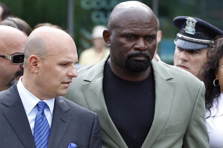 Lawrence Taylor... (Photo: Reuters)