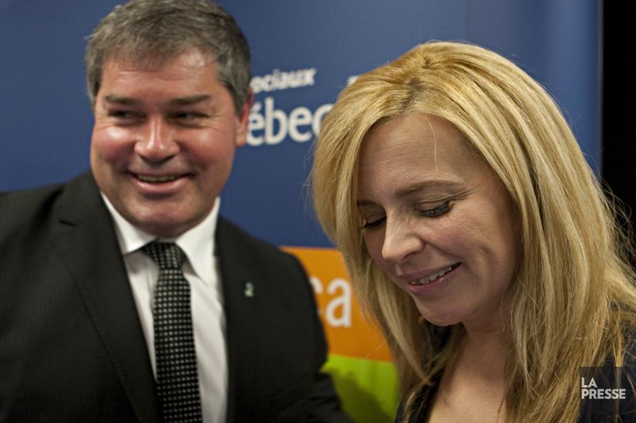 Julie Snyder et le ministre de la Santé... (PHOTO FRANÇOIS ROY, archives LA PRESSE)