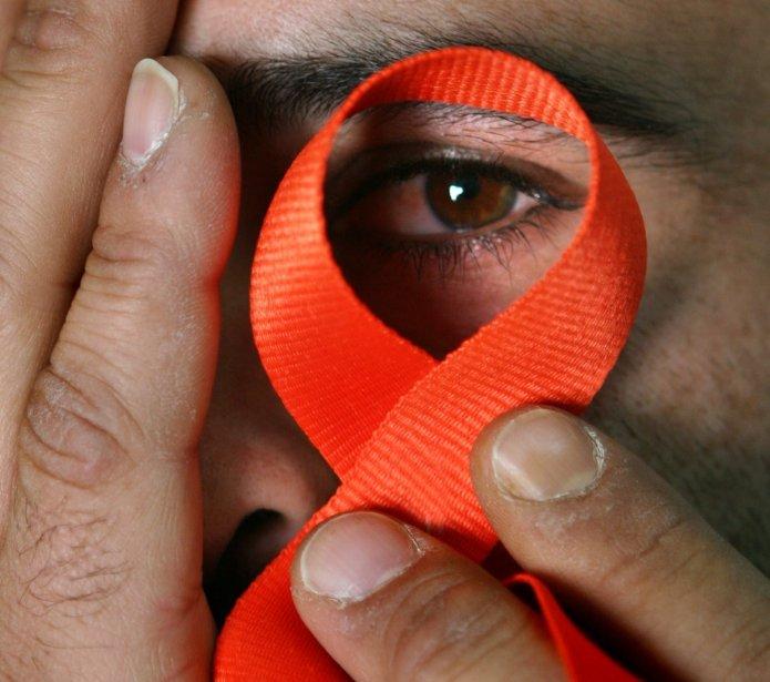 Le VIH-sida est une maladie chronique et épisodique.... (PHOTO: ALI JAREKJI, ARCHIVES REUTERS)