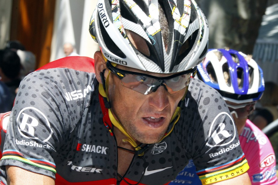 L'Américain Lance Armstrong... (Photo: Reuters)