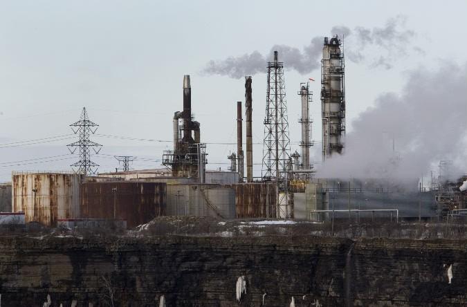 La raffinerie Shell, dans l'est de Montréal.... (Photo: archives La Presse)