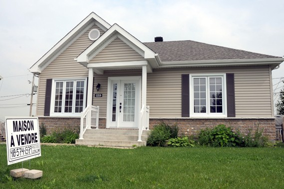 Le nombre de propriétés à vendre reste insuffisant... (Photothèque Le Soleil)