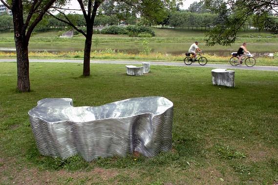 Chacun de ces «massifs» en aluminum a l'aspect... (Le Soleil, Jean-Marie Villeneuve)