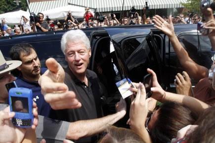 Bill Clinton au mariage de sa fille Chelsea,... (Photo ap)