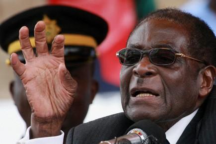 Le président du Zimbabwe Robert Mugabe.... (Photo d'archives AFP)