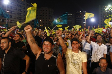 Des supporters du Hezbollah se sont rassemblés en... (Photo: Reuters)