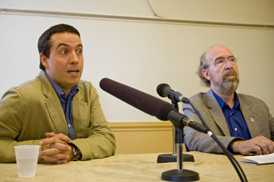 Le président du PQ, Jonathan Valois, et le... (Photo: David Boily, La Presse)