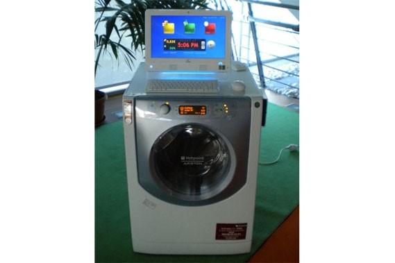 La machine à laver intelligente d'Indesit... (Photo fournie par Indesit)