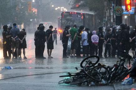 Les manifestations et arrestations au sommet du G20... (Photo: PC)