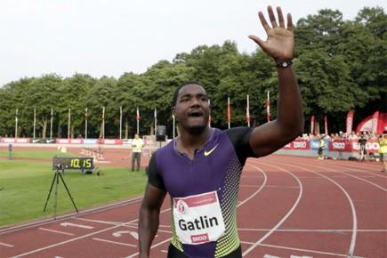 Gatlin a remporté la course en 10,17 secondes,... (Photo: Reuters)
