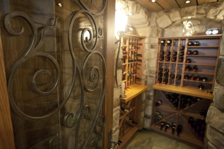Une cave à vin de 400 bouteilles, par... (Photo: Ivanoh Demers, La Presse)