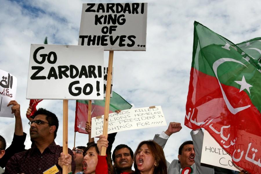 Des manifestants ont protesté en Grande-Bretagne contre le... (Photo: AP)