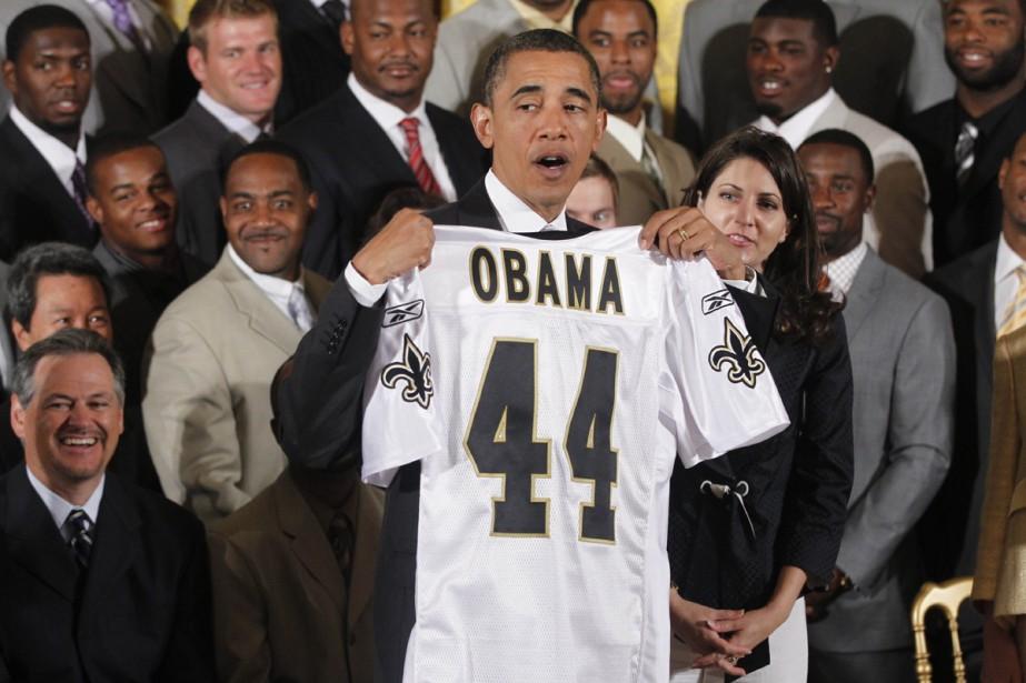 Les membres des Saints ont offert au président... (Photo: AP)