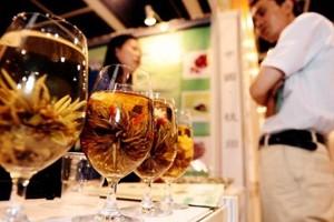 Le monde du vin continue de s'intéresser fortement à la Chine,... (Photo: AFP)