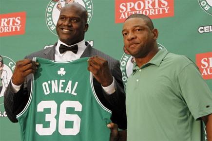 L'entraîneur des Celtics de Boston présente son nouveau... (Photo: AP)