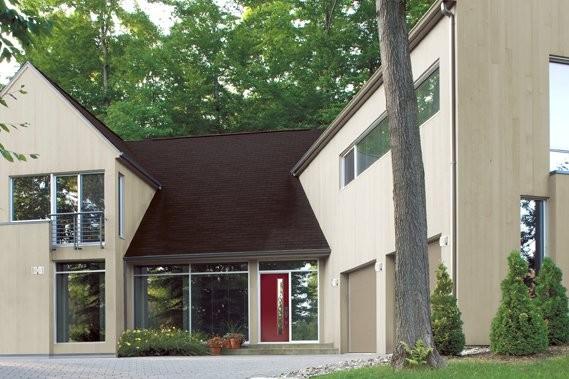 Une maison très moderne dont l'accent est mis... (Photo: Rona Esprit)