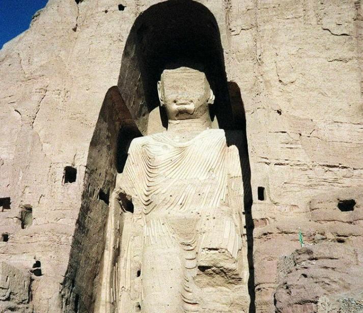 De la destruction des bouddhas de Bamiyan (photo)... (PHOTO: JEAN-CLAUDE CHAPON, ARCHIVES AFP)