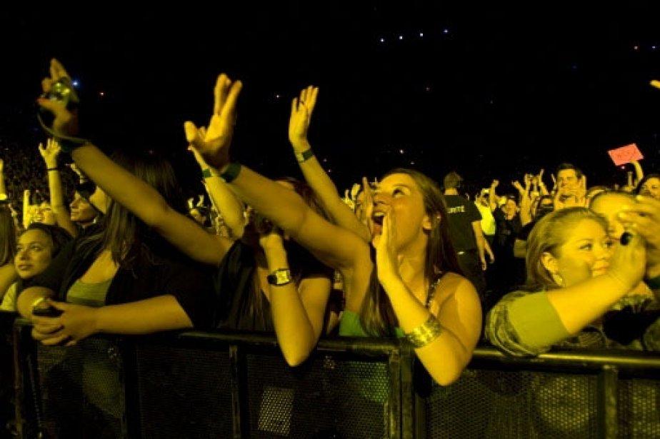 Des fans en délire! | 1 mars 2011