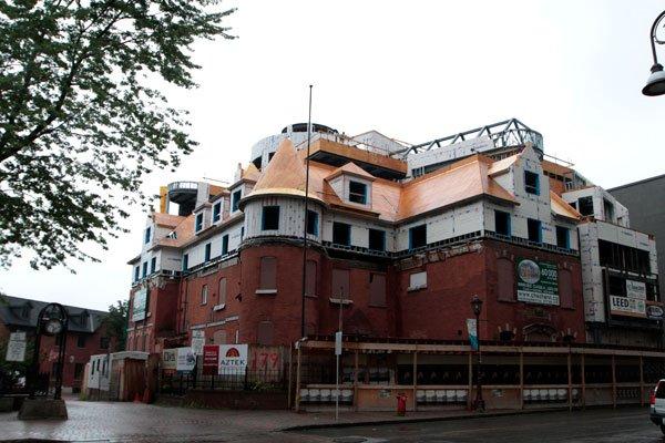 «C'est malheureux, on regarde l'édifice, et ce qu'il... (SIMON SÉGUIN-BERTRAND, Archives, LeDroit)
