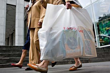 Le crédit à la consommation a baissé en août... (Photo: archives Bloomberg News)
