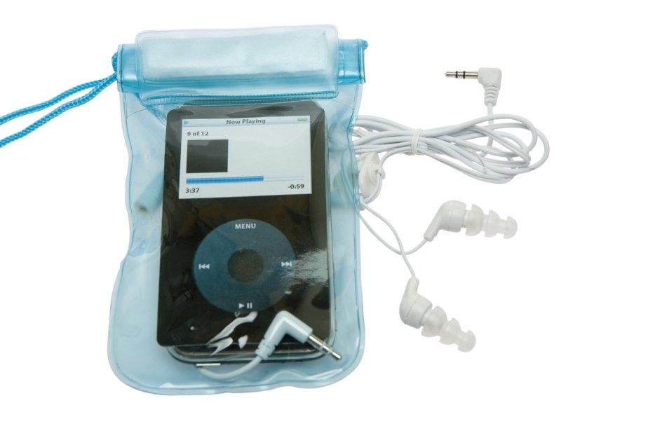 Jouer dans l 39 eau avec son ipod cyberpresse for Fenetre etanche a l eau