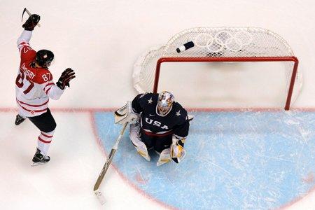 Les joueurs de la LNH pourront-ils se mesurer... (Photo: archives AFP)