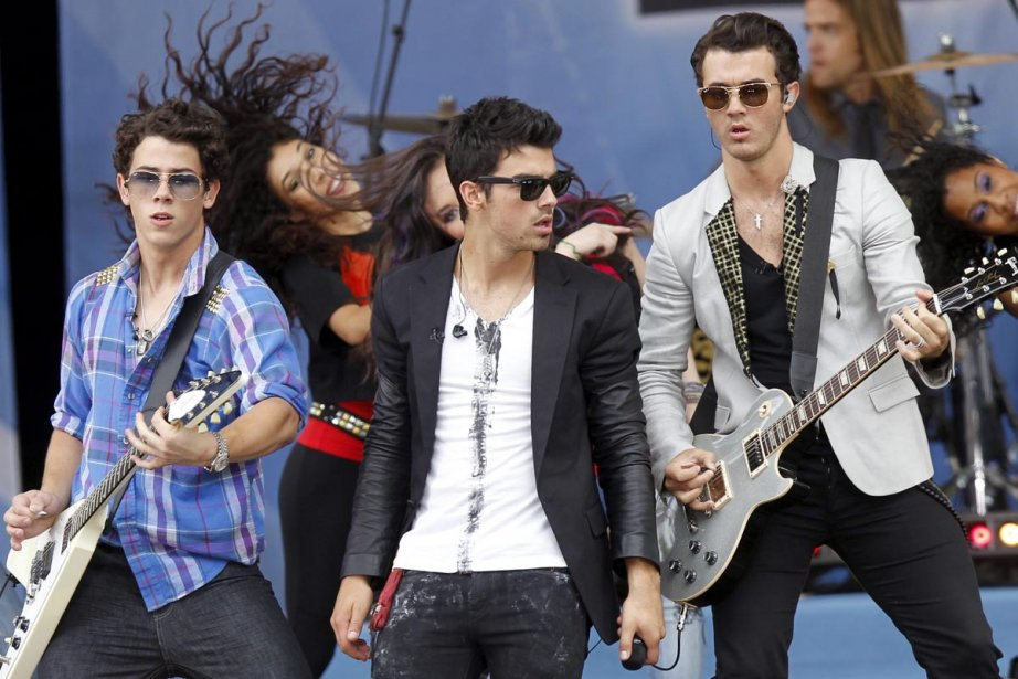 Les Jonas Brothers... (Photo: archives AP)