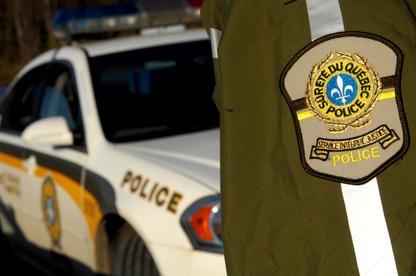 Un policier de la Sûreté du Québec a... (Archives La Tribune, Frédéric Côté)
