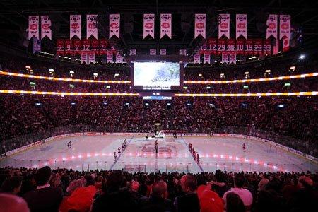 Le Canadien lance sa saison 2010-2011 à domicile,... (Photo: Bernard Brault, La Presse)