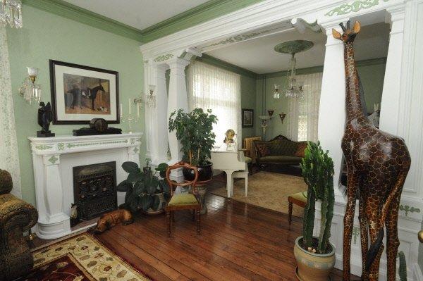 cachet victorien batiscan cyberpresse. Black Bedroom Furniture Sets. Home Design Ideas
