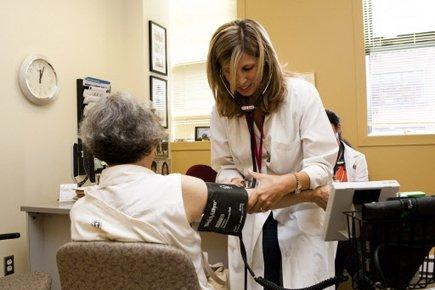 Signe que la médecine devient de... (Photo: Martin Tremblay, Archives La Presse)