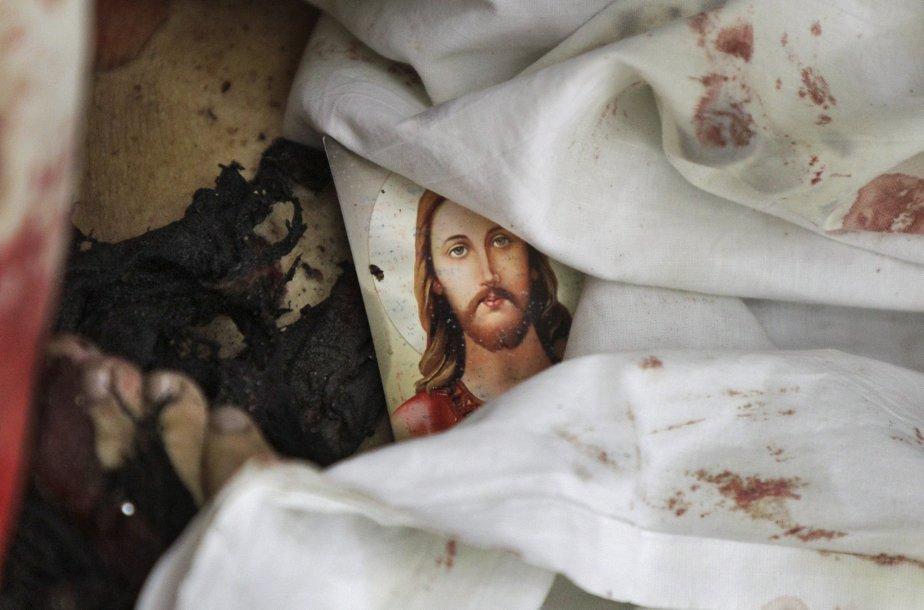 Une vingtaine de personnes ont été tuées et... (PHOTO: BEN CURTIS, AP)