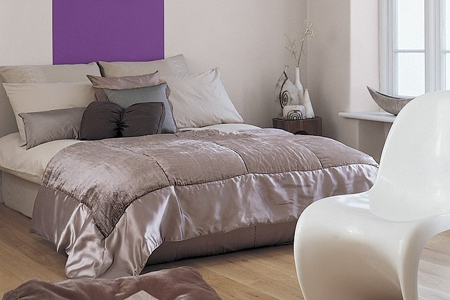chambre mauve et beige solutions pour la d coration int rieure de votre maison. Black Bedroom Furniture Sets. Home Design Ideas