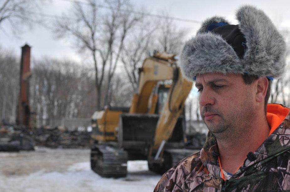 Reynald Codey, gérant du Nid d'aigle, a été réveilllé par une série d'explosions. | 30 mars 2011
