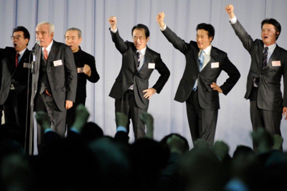 Le Japon s'est doté vendredi d'un nouveau gouvernement... (Photo: Toru Yamanaka, AFP)