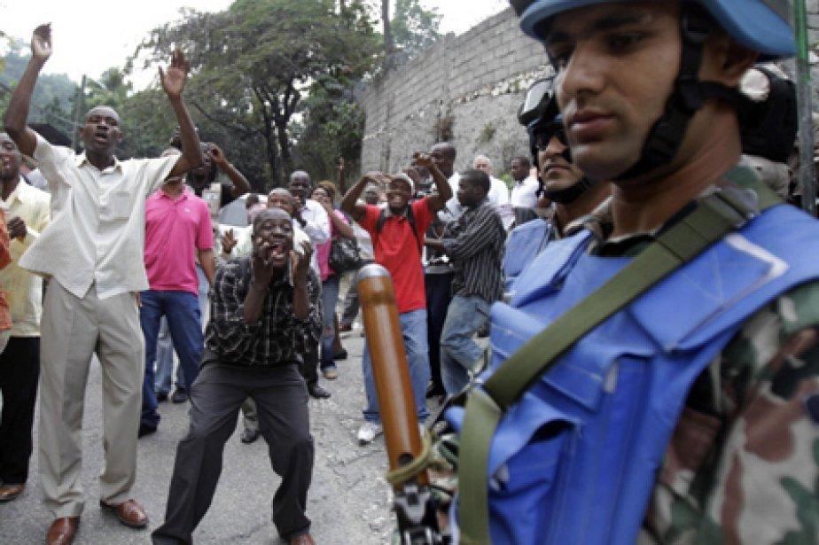 Une dizaine de personnes ont été arrêtées vendredi dans... (Photo: archives AP)