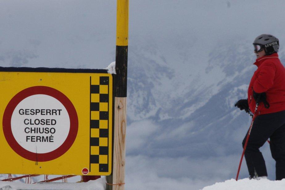 Ce skieur regarde la Streif.... (Photo: Reuters)